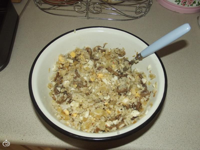 Пирог с грибами, рисом и яйцами – Шаг 3